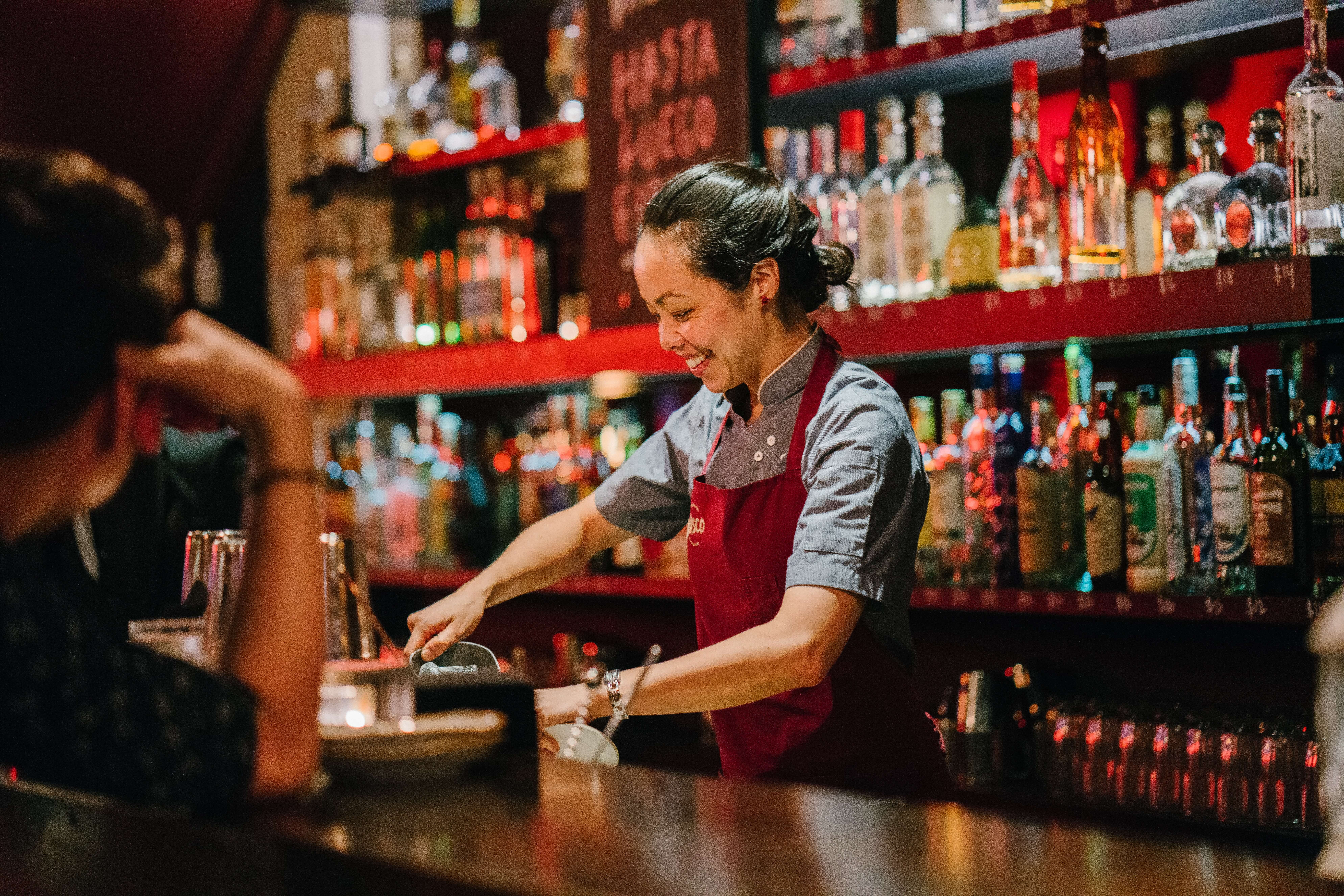Part-Time Jobs in Tokyo Bar staff