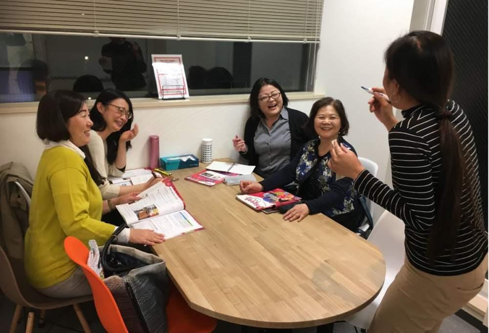 上野にある英会話スクールグループレッスン